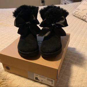 Ugg Gita Bow Boot